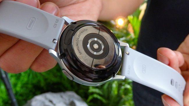 Samsung-Galaxy-Watch-Active-2-obzor-3.jpg