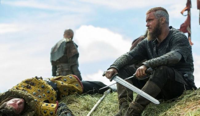 vikingi-7-sezon-aktjory-trjevis-fimmel.jpg