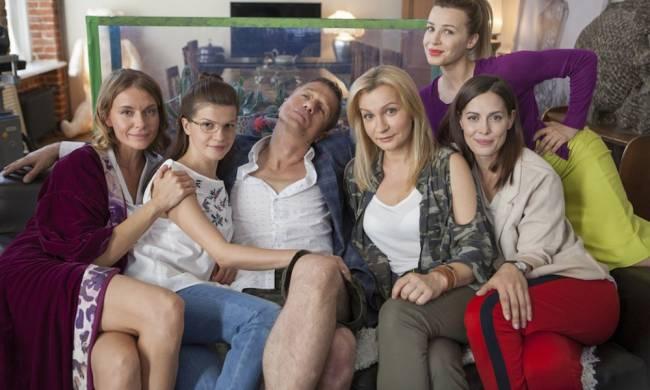 devochki-ne-sdayutsya-2-sezon-aktyorskij-sostav.jpg