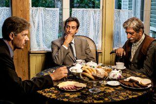 Генерал КГБ, фартовый вор и шофёр Ленина за одним столом. Актёры Фатеев, Ткаченко, Князев.  Фото: rutab.net