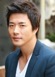 person_kwon-sang-woo_1571260084_thumbnail.jpg