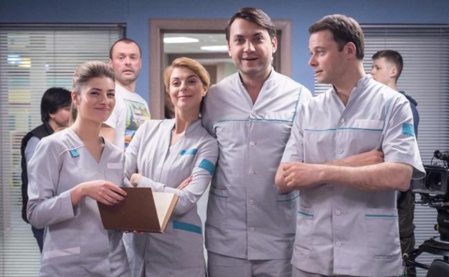 zhenskij-doktor-4-sezon-aktjory.jpg