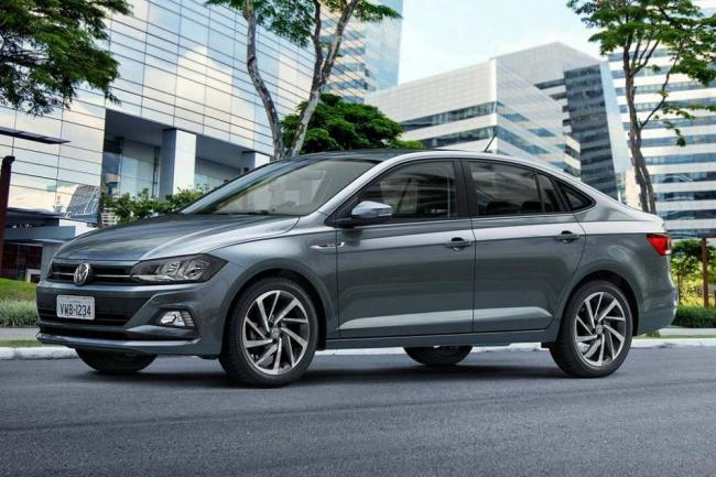 2019-Volkswagen-Polo-1.jpg